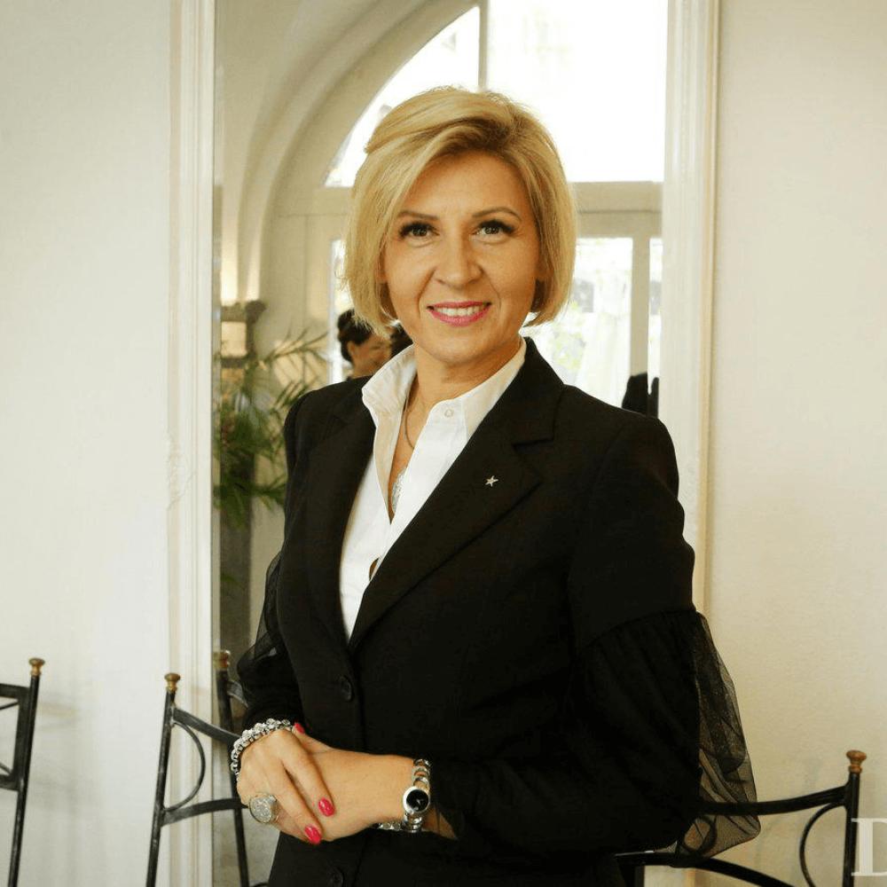 Tanja Skaza in Martin Korošec skupaj na webinarju VEDEželjni